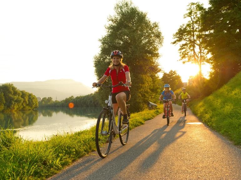Primavera in Austria Carinzia bicicletta piste ciclabili sport Carinzia_Ciclabile della Drava Regione Villach (c) Kaernten Werbung Franz-Gerdl