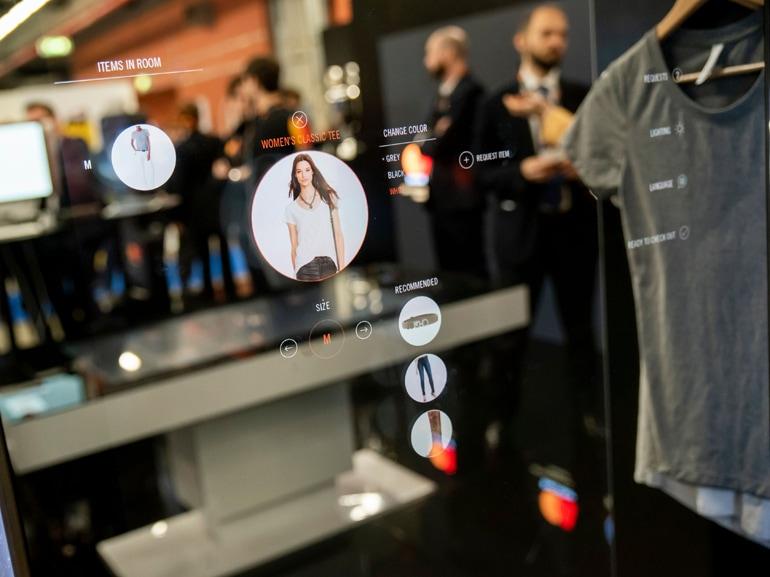 Smart Mirror 8