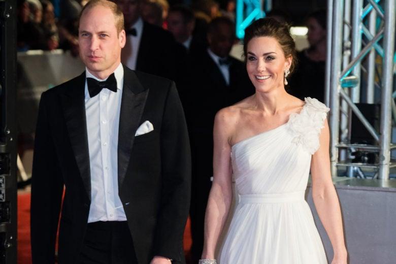 """Lo stile """"divino"""" di Kate Middleton e gli altri look delle star sul red carpet dei Bafta 2019"""