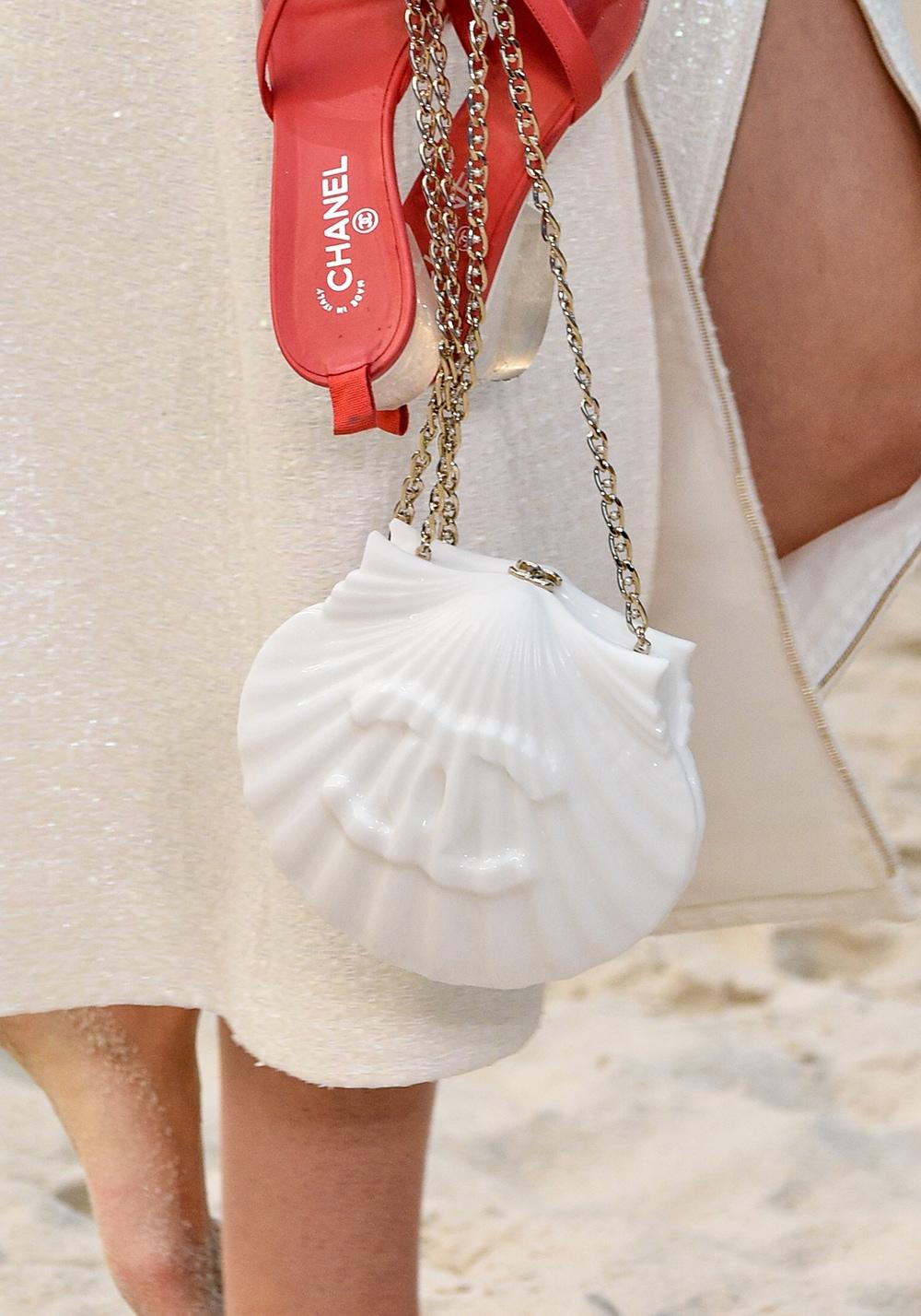 chanel-borse-conchiglia