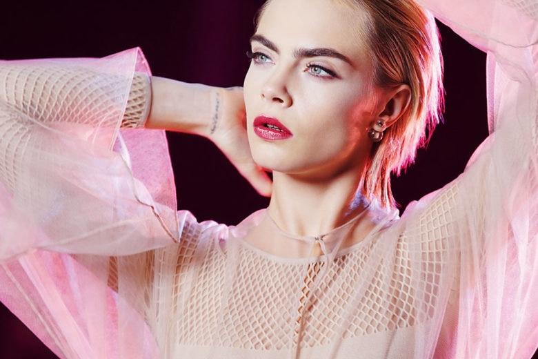 """""""Be Dior. Be Pink"""": la nuova campagna Dior Addict Lipstick Stellar Shine con Cara Delevingne"""