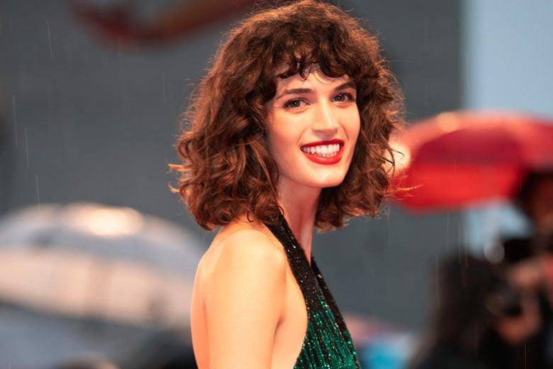 I beauty look di Greta Ferro, la modella e attrice nuovo volto di Giorgio Armani Beauty