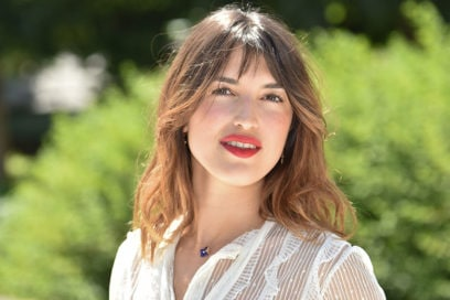 Jeanne Damas: i beauty look Parisian-chic dell'influencer francese