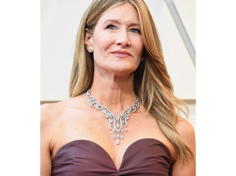 laura-dern-collier