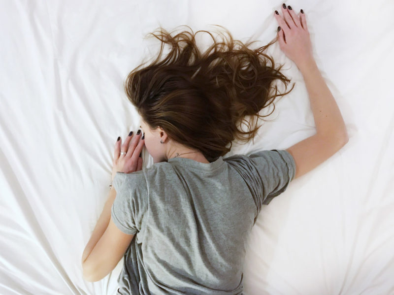 letto donna sonno