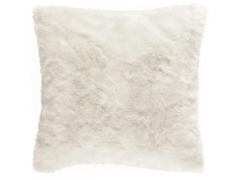 01-cuscino-pelliccia-ecologica-OUMKA