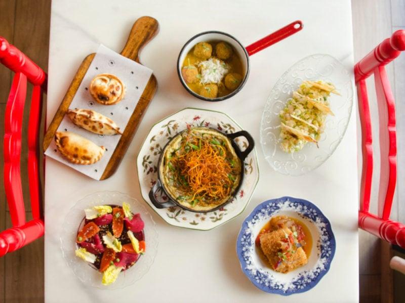 01-tavolo-piatti-pasta-spaghetti-pasto