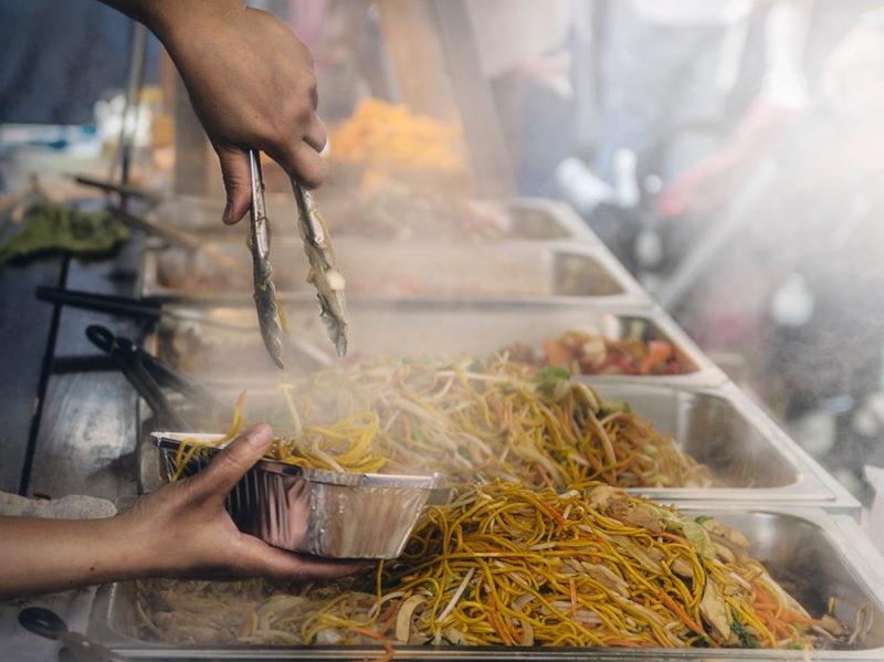 04-ramen-noodle-street-food