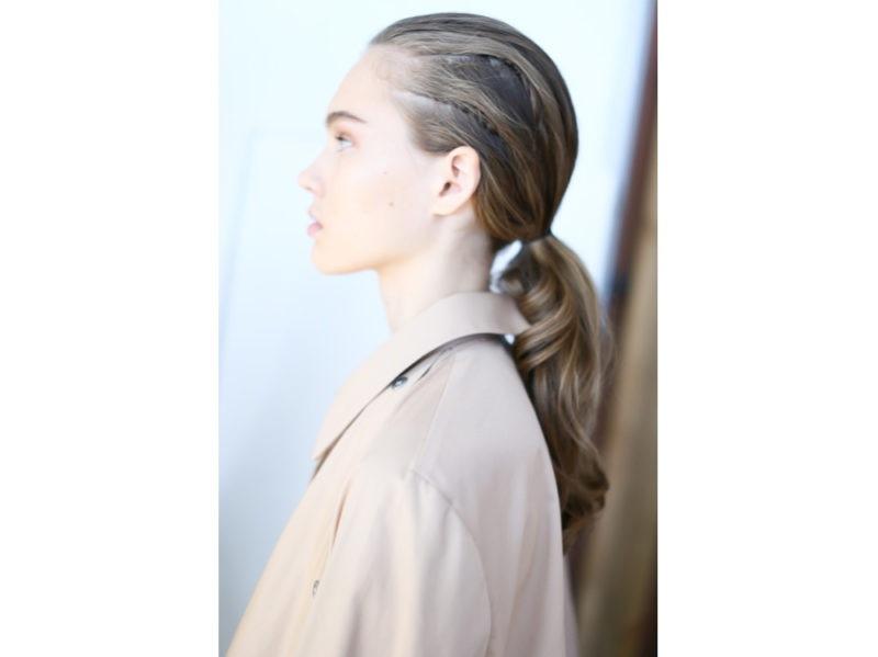 8_Dieci-hair-look-per-i-primi-fine-settimana-al-mare