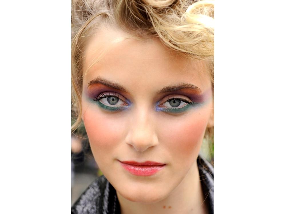 8_PRODOTTI_trucco-occhi-colorato-10-proposte-super-catchy.jpg