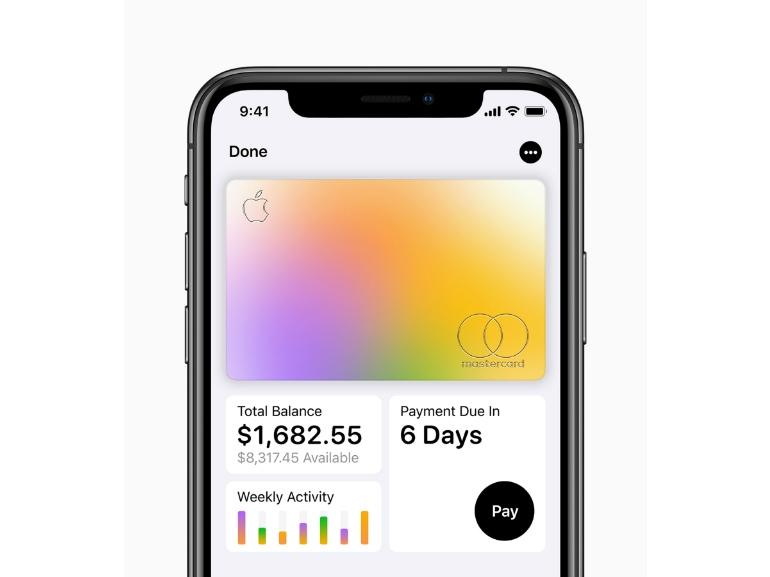 Apple-Card_iPhoneXS