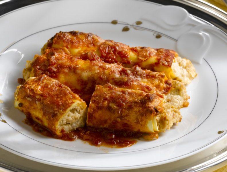 Cannelloni al sugo (2)