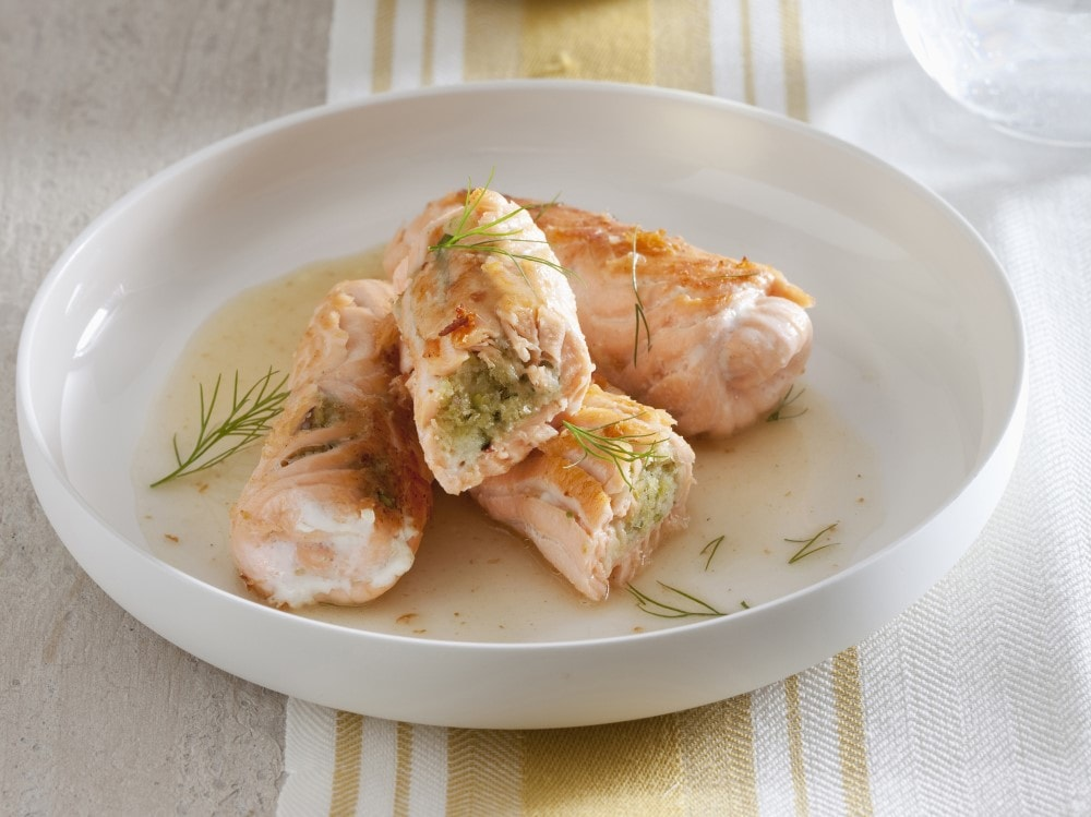 Involtini di salmone e finocchietto selvatico