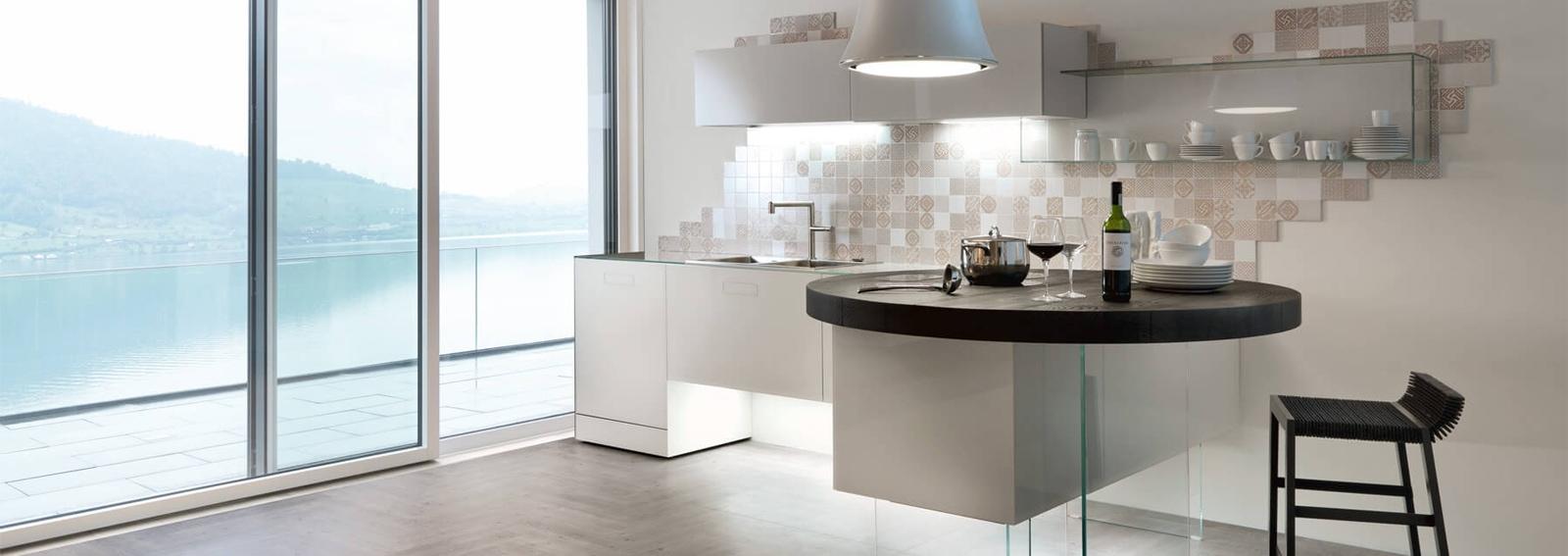 Come Arredare Piccole Case cucina con penisola: ecco perché funziona anche in una casa