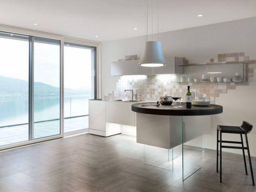 Cucine Isola Piccole.Cucina Con Penisola Ecco Perche Funziona Anche In Una Casa