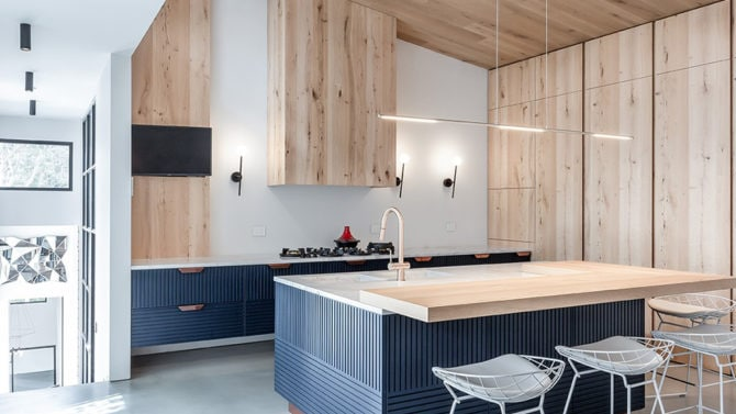 Soffitto in legno: come renderlo moderno in poche e semplici mosse