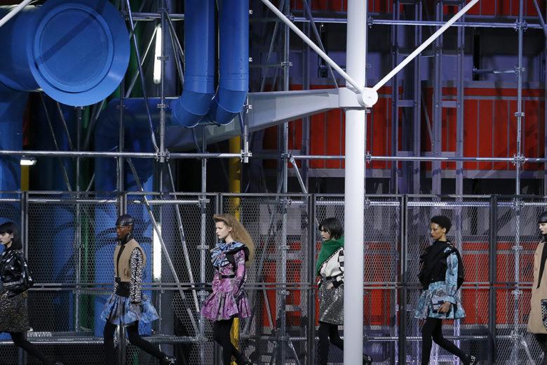 """Le """"style tribes"""" anni 80 per la passerella di Louis Vuitton autunno-inverno 2019"""