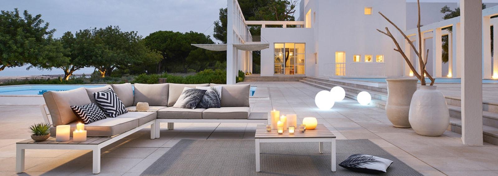 Arredo Balconi E Terrazze maisons du monde: la nuova collezione per giardini, balconi