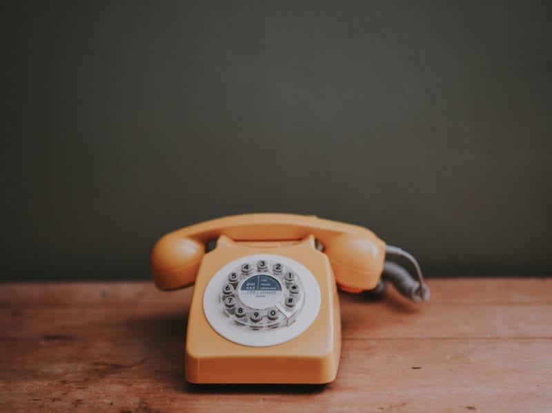 05-telefono