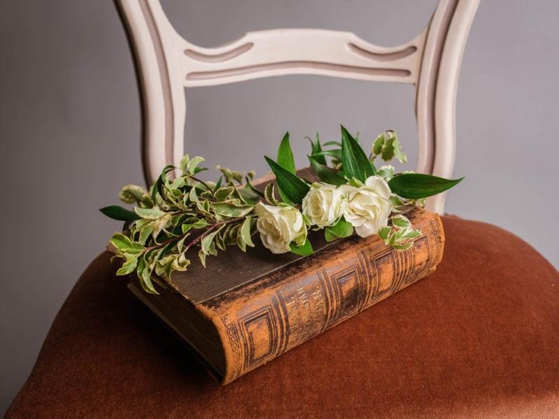 05-wedding-book