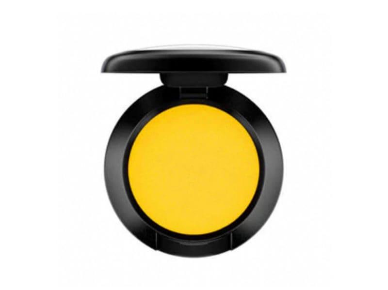 ombretto-giallo-tocco-di-colore-chic-06