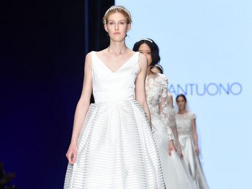 Vestito Da Sposa Zebrato.Abiti Da Sposa Le Novita Per Il 2020 Alla Bridal Week A Milano
