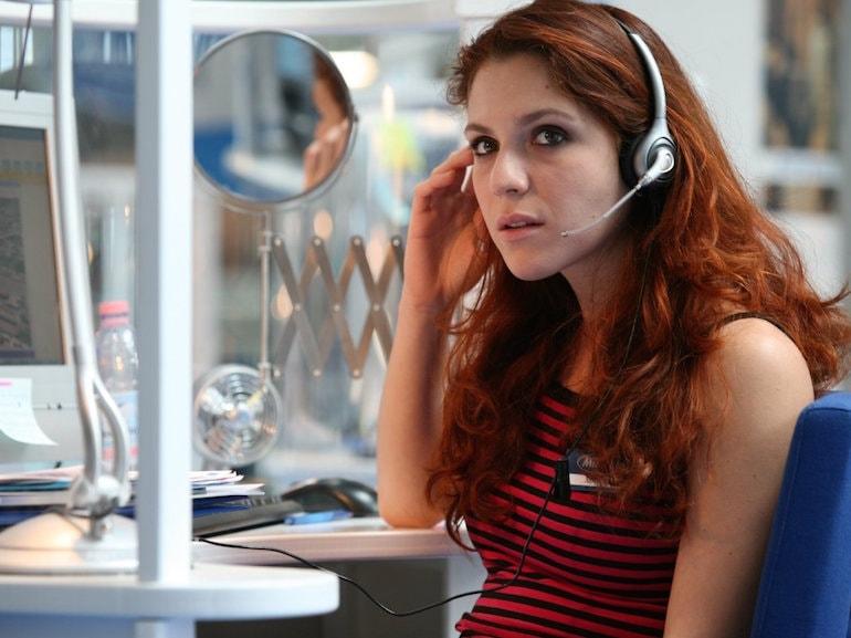 Isabella Ragonese call center
