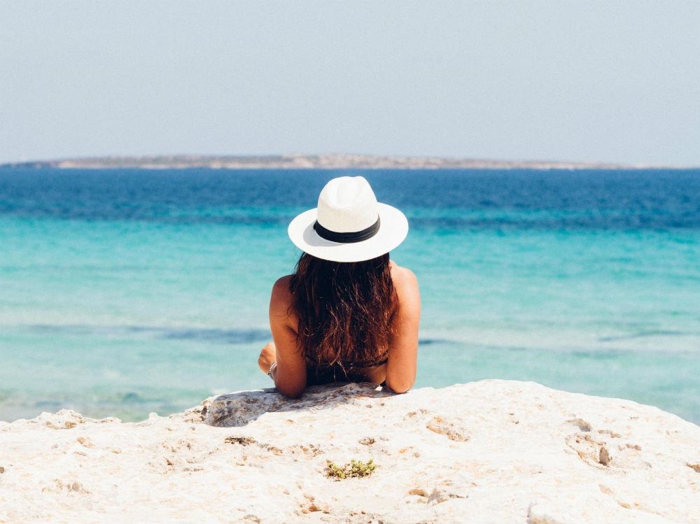 acqua-bagnasciuga-cappello-871060