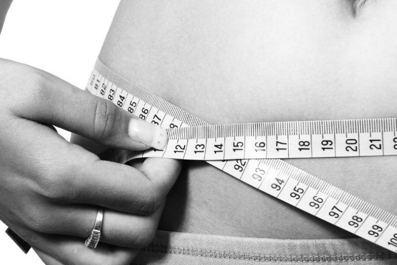 Pancia piatta e sgonfia con la dieta FODMAP: ecco come funziona