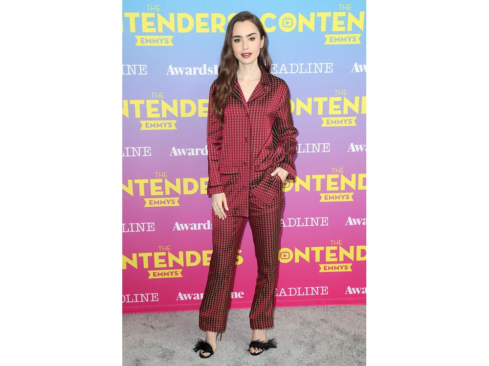 lily-collins-in-ETRO