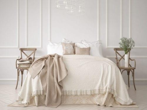 Immagini Camere Da Letto Romantiche : Camere da letto romantiche idee da vedere prima di comprarne