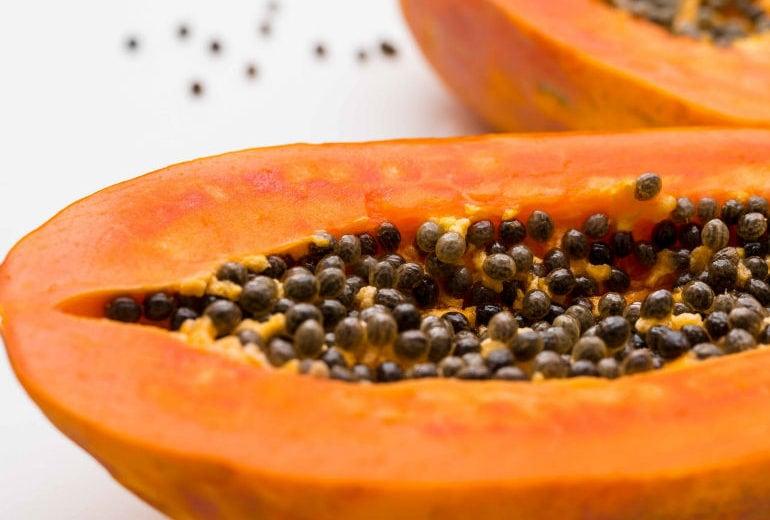 Cosa succede al corpo quando si mangia papaya con regolarità