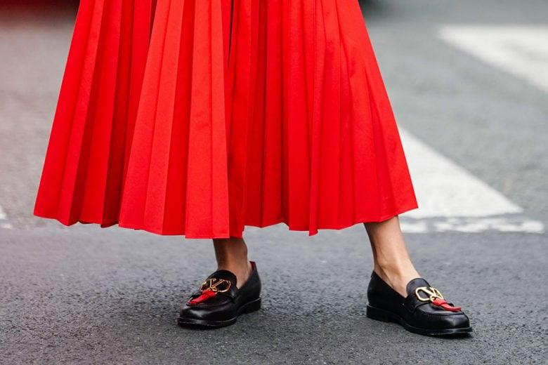 Scarpe flat: i modelli top da indossare con le gonne