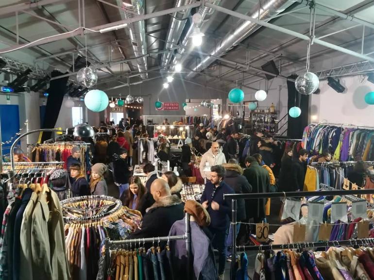 vintage market largo venue