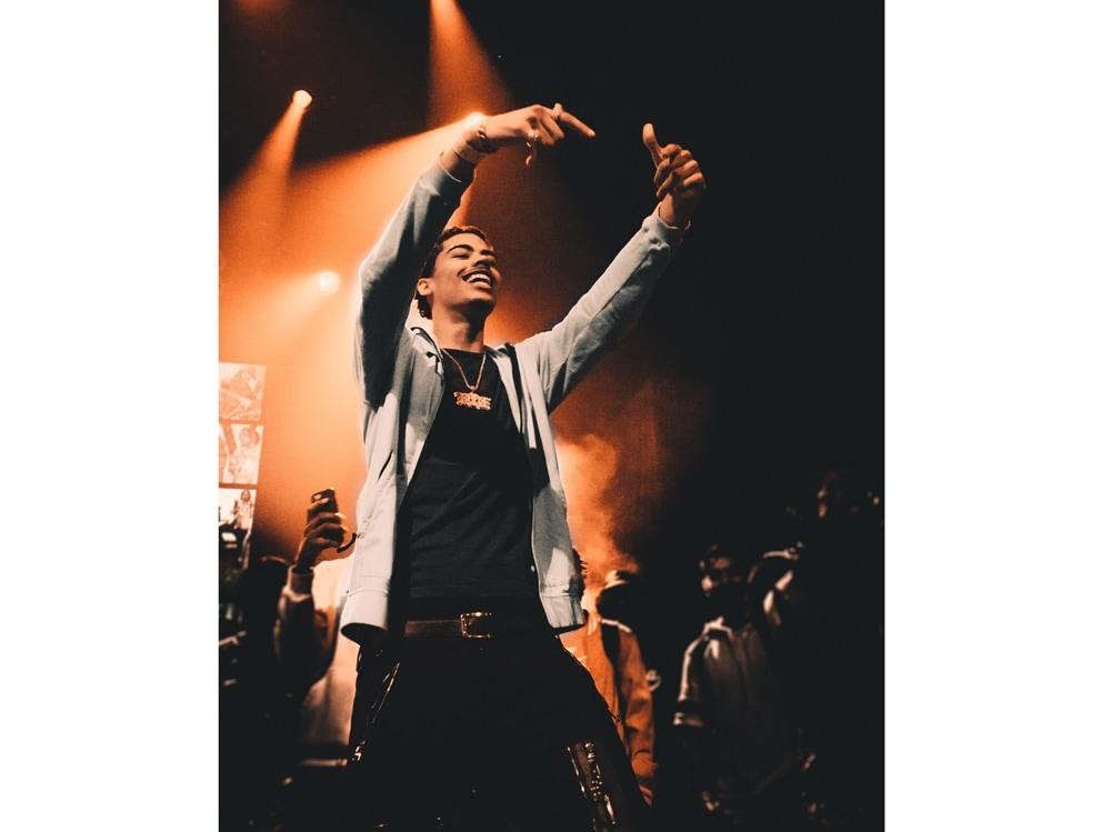 07-rapper-palco