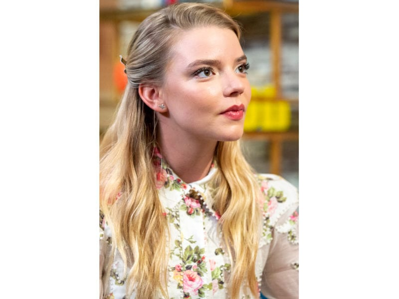 10PRODOTTI_LOOK-STAR-ANYA-TAYLOR-JOY