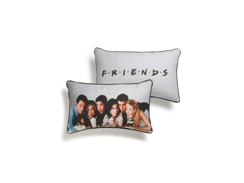 11-cuscini-friends
