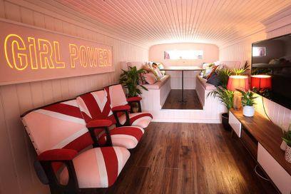 Volete dormire nello Spice Bus delle Spice Girls? Ecco come prenotare