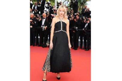Angèle_wore_CHANEL_at_the_Opening_Ceremony