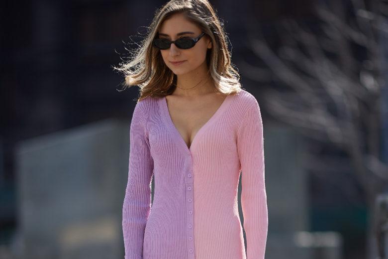 L'abito-cardigan in maglia è il pezzo da indossare adesso