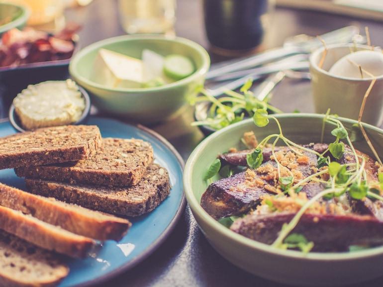 Danone Activia regola 5 pasti al giorno benessere salute 29