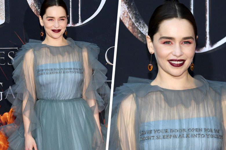 Emilia Clarke: copia il beauty look sui toni del rosa e burgundy
