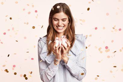 """""""Ogni momento è un regalo"""": la nuova campagna di Pandora celebra i momenti speciali di ogni donna"""