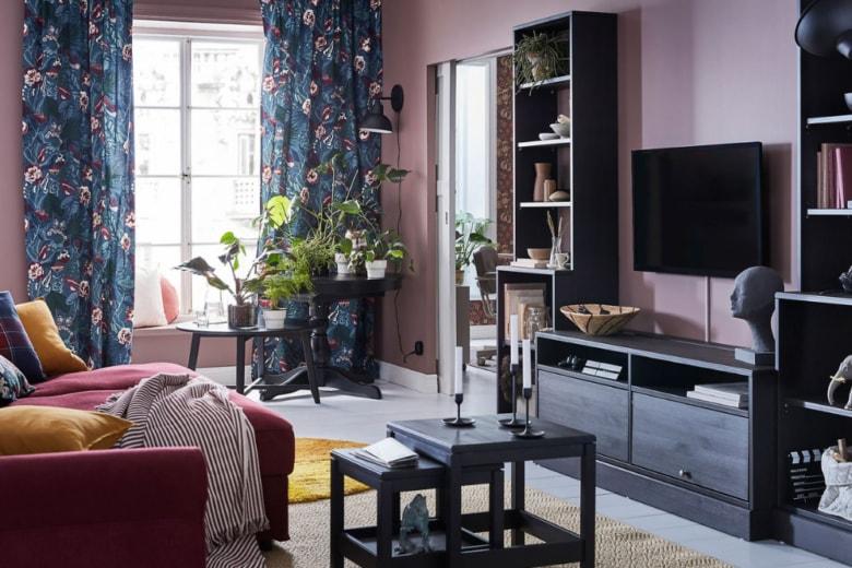Tende moderne per il salotto: 10 modelli per rinnovare il tuo ambiente