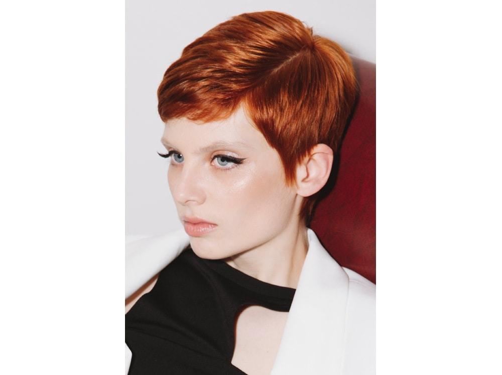 WELLA_SOGLAM_AI_19_6-stile-frangia-capelli-saloni-autunno-inverno-2018-2019