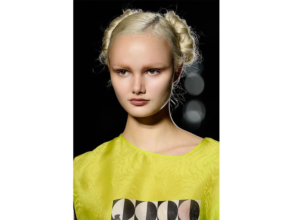 acconciature-capelli-lunghi-estate-2019-7