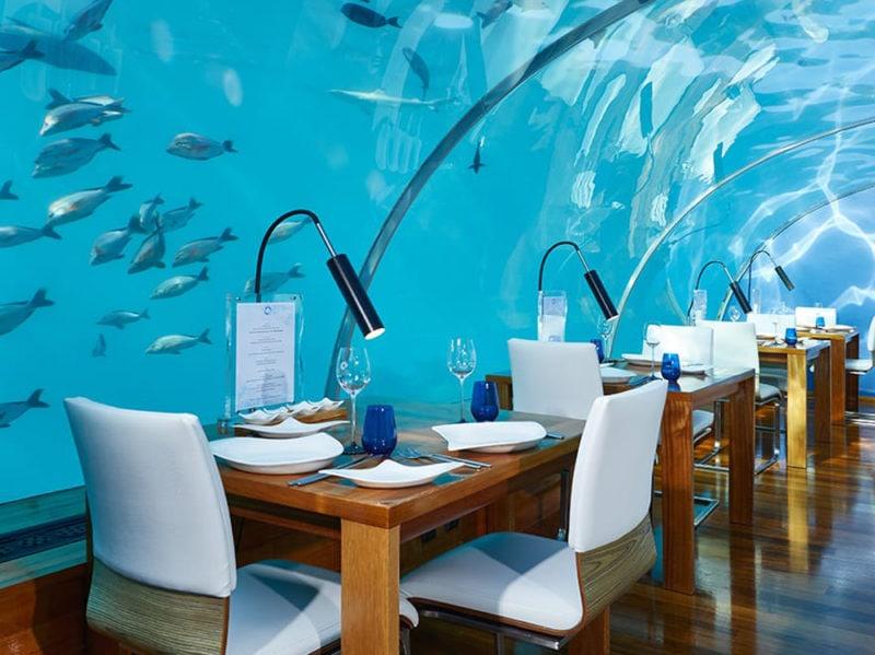 01-ithaa-undersea-restaurant