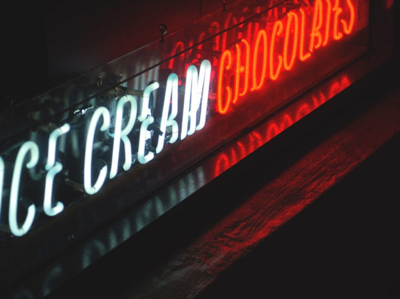 10-insegna-neon-gelato