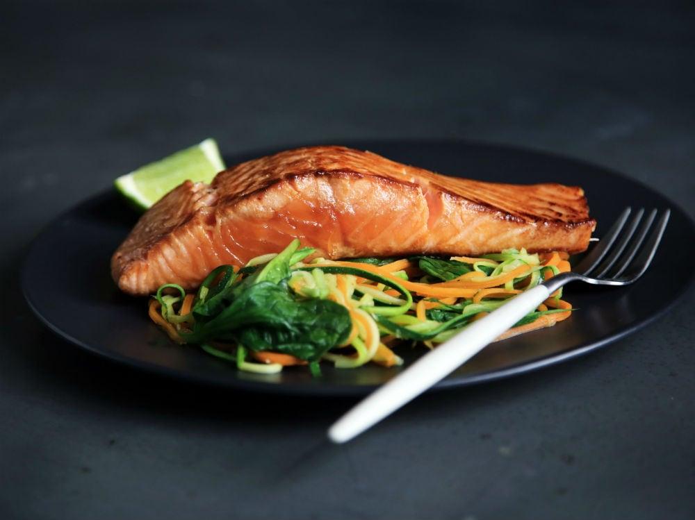 salmone pesce piatto