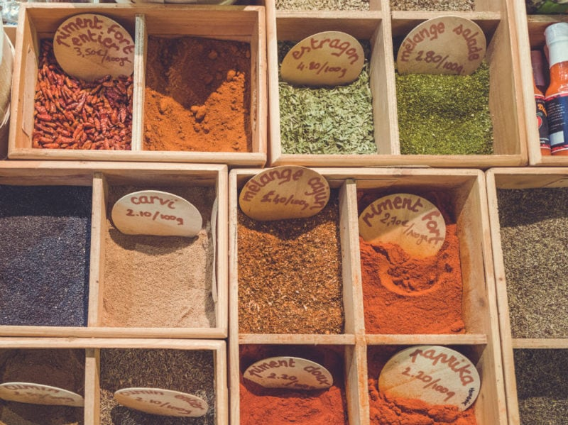spezie colorate
